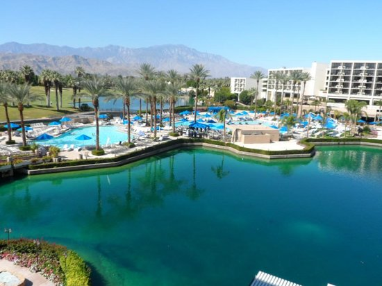 JW Marriott Desert Springs Resort & Spa: View from our room  5047