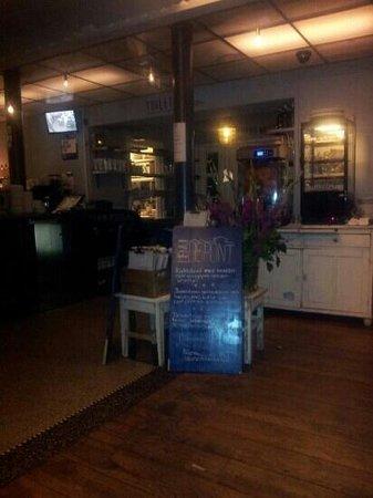 Cafe De Pont: binnen