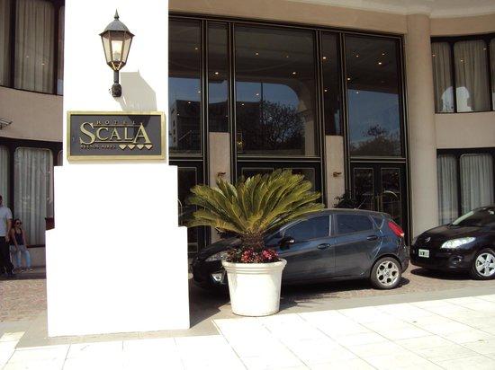 Scala Hotel: Entrada