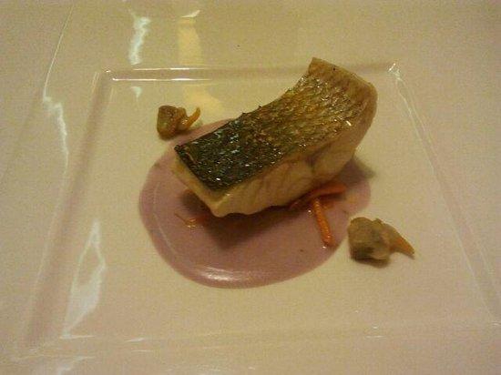 La Era Restaurante : libina con pure de patata morada y breberechos al mojito