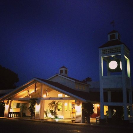 Morgan Run Club & Resort: I took this when I arrived at 8pm in the evening, gorgeous.