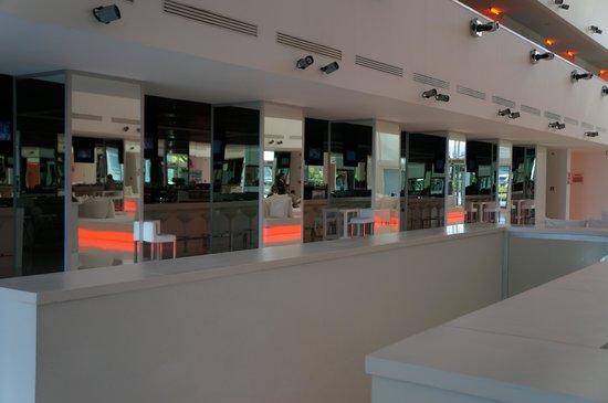Hotel Su: The Lounge Bar