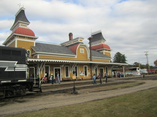 Conway Scenic Railroad: Station at North Conway