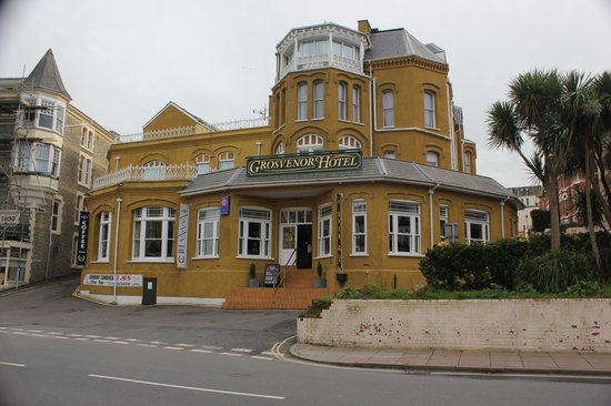 Devon Bay Hotel: The Grosvenor (Capstone Suite above entrance)