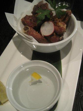 Hapa Izakaya Yaletown: Kurobuta pork dry ribs.