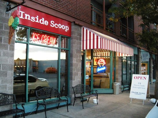 Inside Scoop Creamery: Love the name