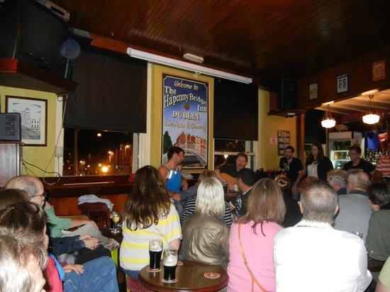 Traditional Irish Musical Pub Crawl : Let the music begin!
