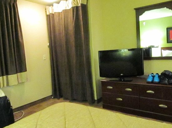 Extended Stay America - New Orleans - Airport: great TV