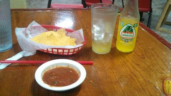 Los Cocos Fruteria Y Taqueria