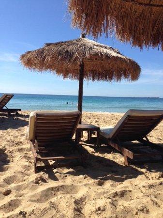 Sotiris Studios: The most perfect beach at Costa Costa, Lassi