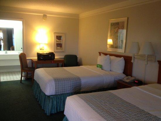 La Quinta Inn El Paso West: The room
