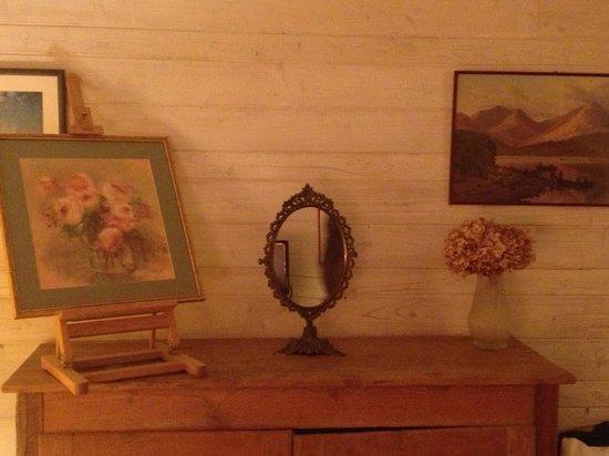 Maison d'hotes du Clos de la Rose : Belle de Crecy room