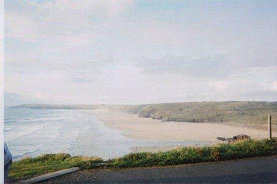 YHA Perranporth: The beach!