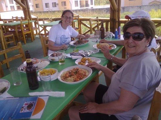Belamare: almoçando