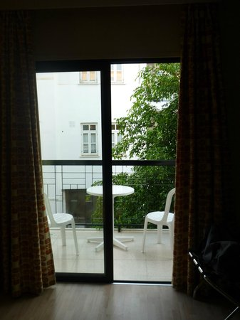 Livadhiotis City Hotel : balcony