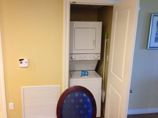 Parc Soleil by Hilton Grand Vacations: washer & dryer