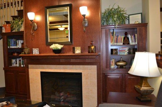Country Inn & Suites By Carlson, Port Orange-Daytona : Lobby