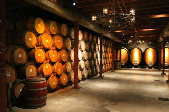 V. Sattui Winery: Free access to one of the cellars