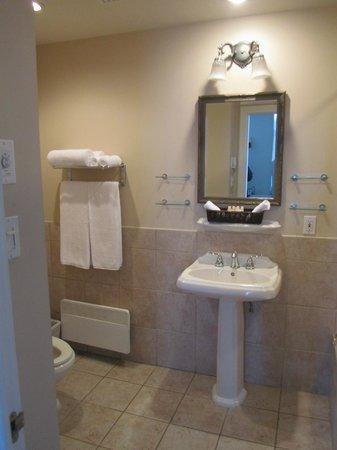 Hotel Bonaparte : Bathroom
