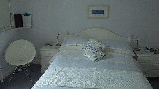 Breakwater House : Blue room