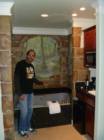 Lithia Springs Resort: Jacuzzi tub area