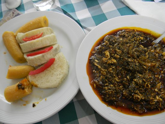 Mensvic Grand Hotel: Palava sauce with some plantain and cassava