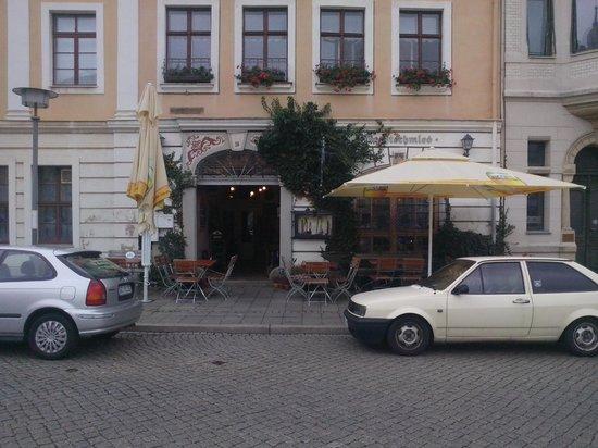 Zum-Nachtschmied: Front of restaurant