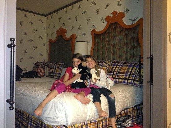 Kimpton Hotel Monaco Portland: Double Queen Suite