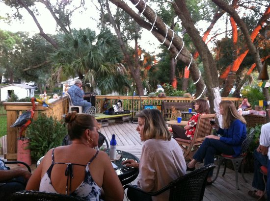 Finns Island Style Grub: View to the stage
