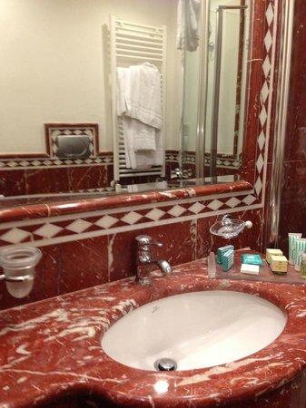 Hotel Albatros: Banheiro