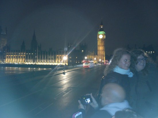 See London By Night: Houses of Parliament