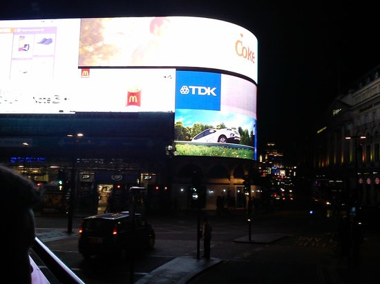 See London By Night: Piccadilly Circus Neon Lights