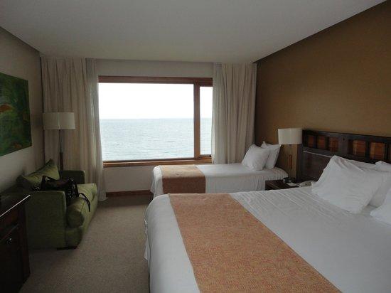Hotel Cumbres Puerto Varas: Suíte do casal efilha