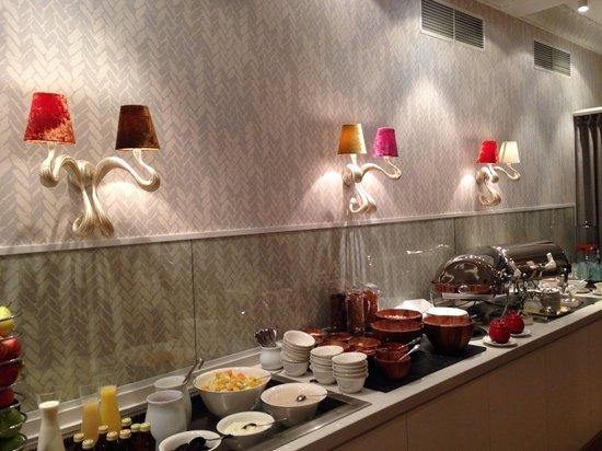 Waldhotel Stuttgart : Das Frühstücksbüffet. Extraklasse! (das Omelette übt aber noch)
