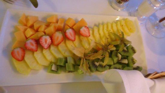 Restaurant The Verandah: frutas do fondue chinoise