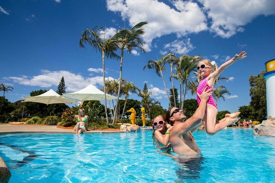 Park Beach Holiday Park: Fun in the Pool