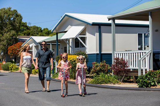 Park Beach Holiday Park: Family Cabins