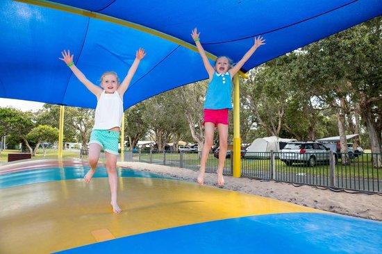 Park Beach Holiday Park: Jumping Pillow