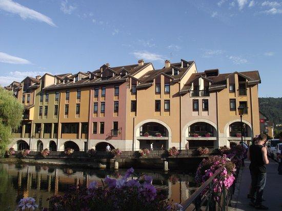 Vista del Hotel Ibis Annecy Centre Vieille Ville