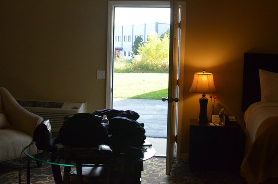 Belamere Suites: the only view to outside, a door when opened next to bed