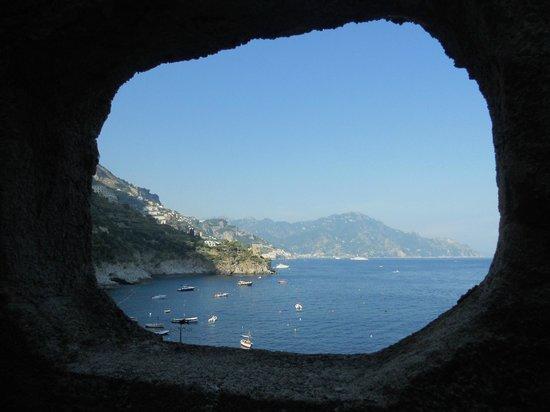 Hotel Le Terrazze : дорога на пляж