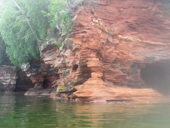 Apostle Islands National Lakeshore: Kayaking Apostle Islands from Myers Beach