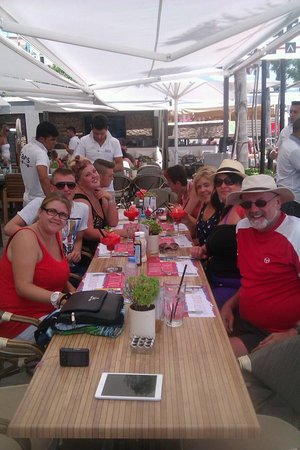 Vamos Beach: Fun in Faros - with My daughter April and her Thomas Cook Family