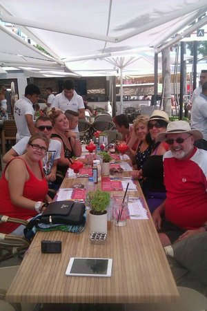 Vamos Beach: fun in faros with my April and her thomas cook Family