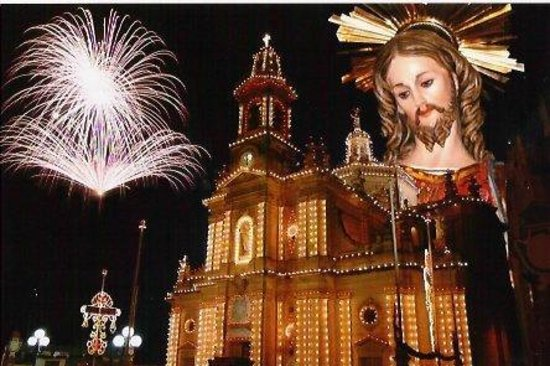 Fontana, Malta: Church lit up for the village feast with inserts of fireworks & titular statue