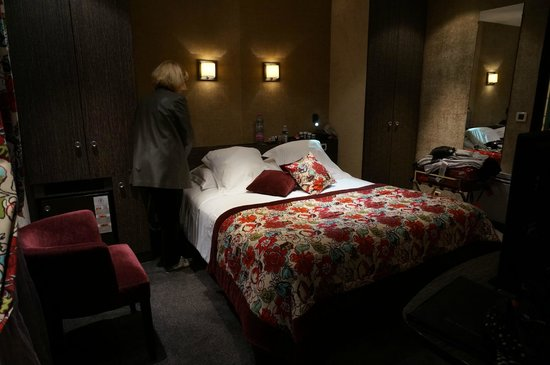 Hotel De Buci by MH : Rooms are comfy, clean and a great size for Paris...