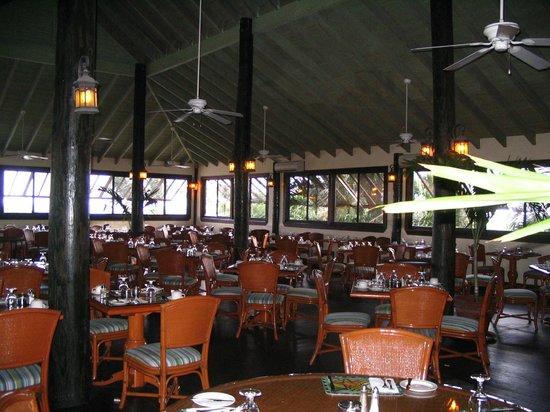 The Verandah Resort & Spa : Buffet
