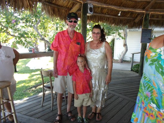 Sugarloaf Lodge : tiki bar parents of the Bride & their grandson