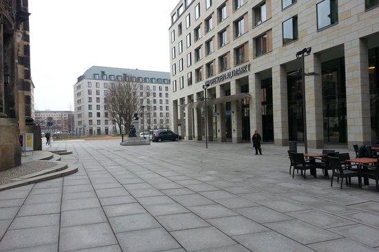 NH Dresden Neustadt: vista externa