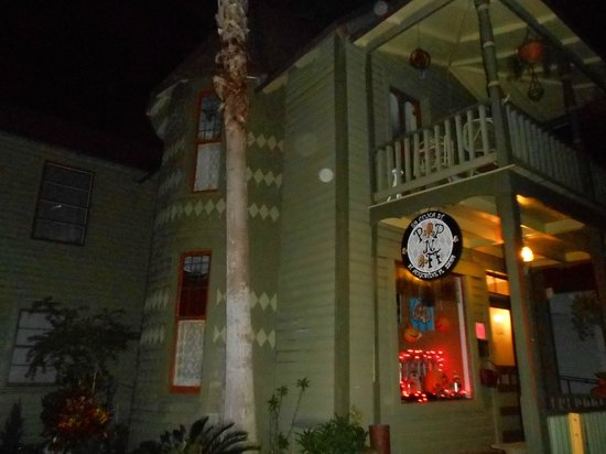 Sheriffs Ghost Walk Tours: orbs and comet-like moving light in left window